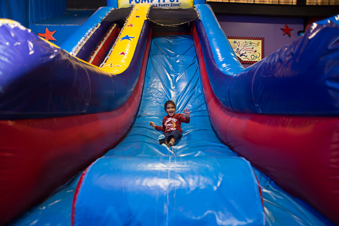 chicago-family-photographer-birthday-party-pump-it-up-0053