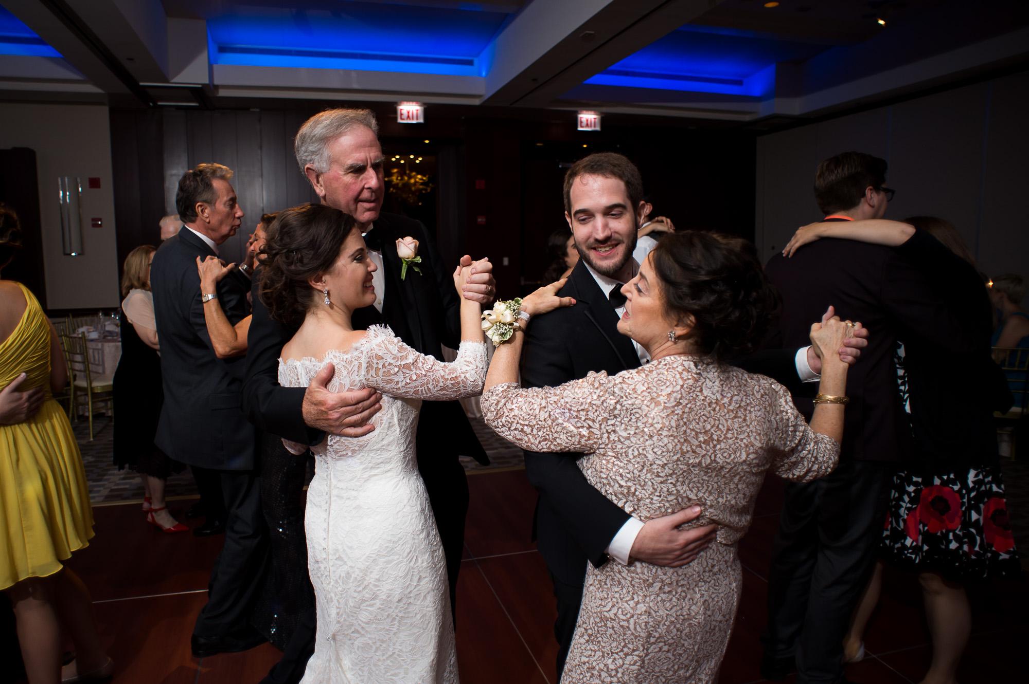 park-hyatt-chicago-wedding-water-tower-wedding-0831