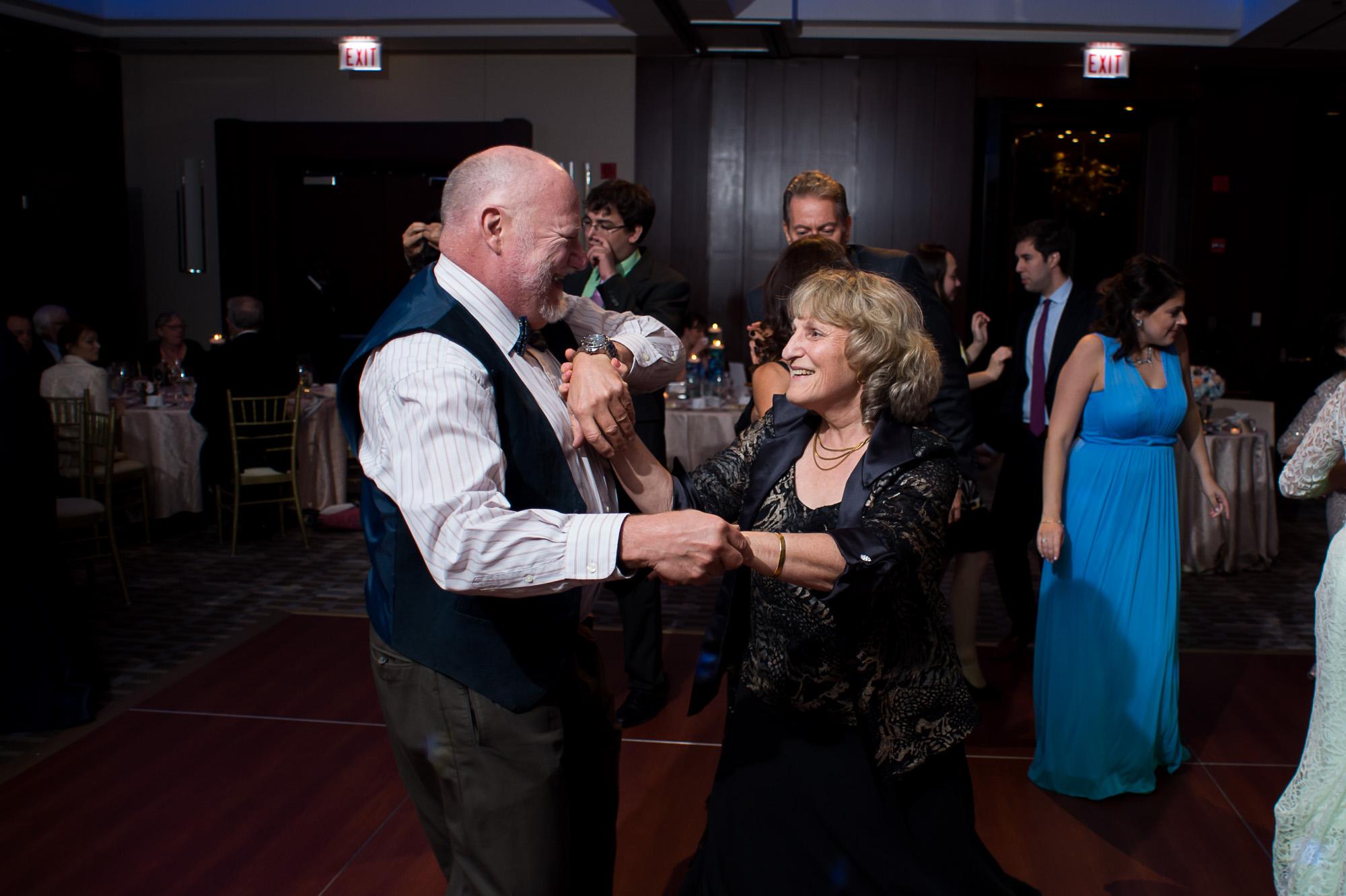 park-hyatt-chicago-wedding-water-tower-wedding-0853